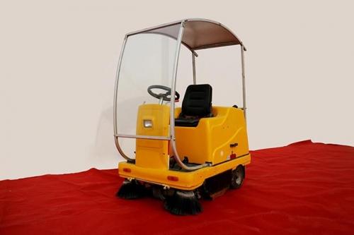 富尔乐温馨提示:使用扫地车减少环卫行业用工风险